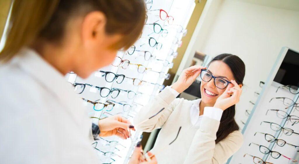 Cách chọn kính chống ánh sáng xanh phù hợp